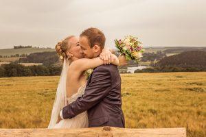 Brautpaar Feld